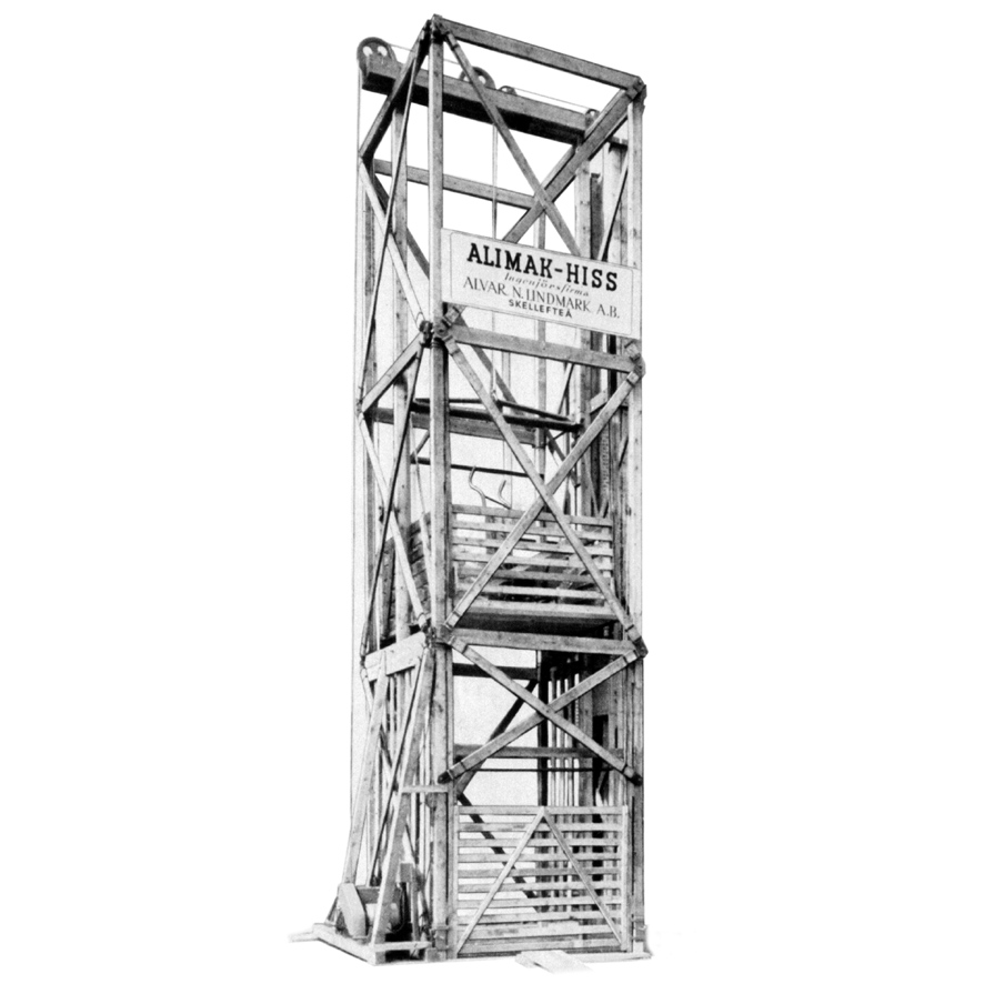 1950 The First Material Hoist With A Wooden Mast Tower